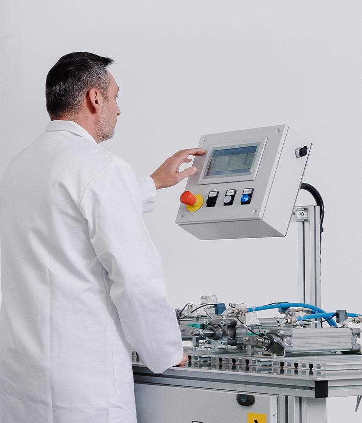 Il futuro è Cm-Lab!: Design, Innovazione e Sviluppo.